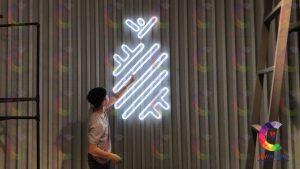 thi-cong-den-neon-sign-quan-1