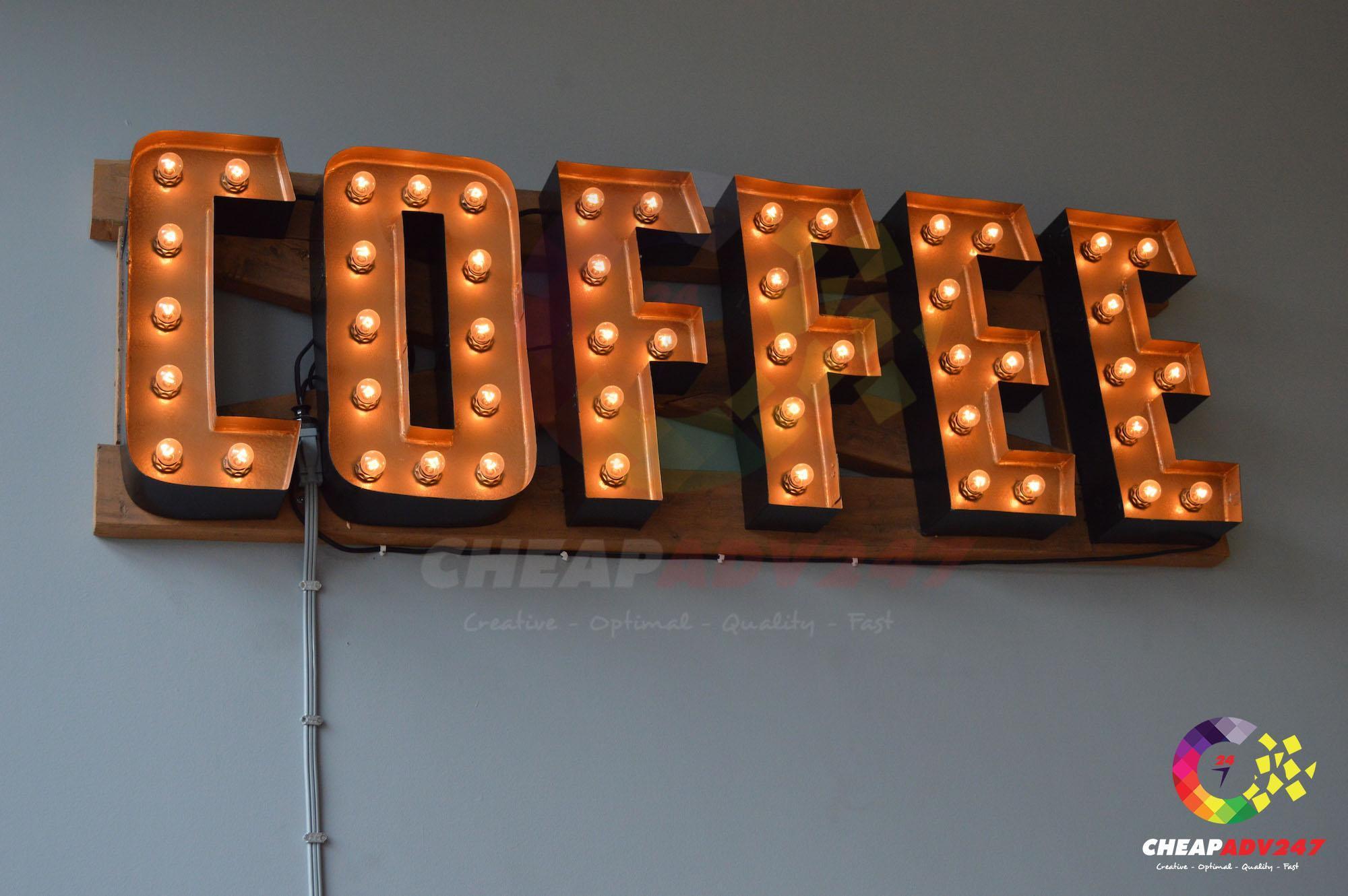 bảng hiệu quán cà phê đèn tròn