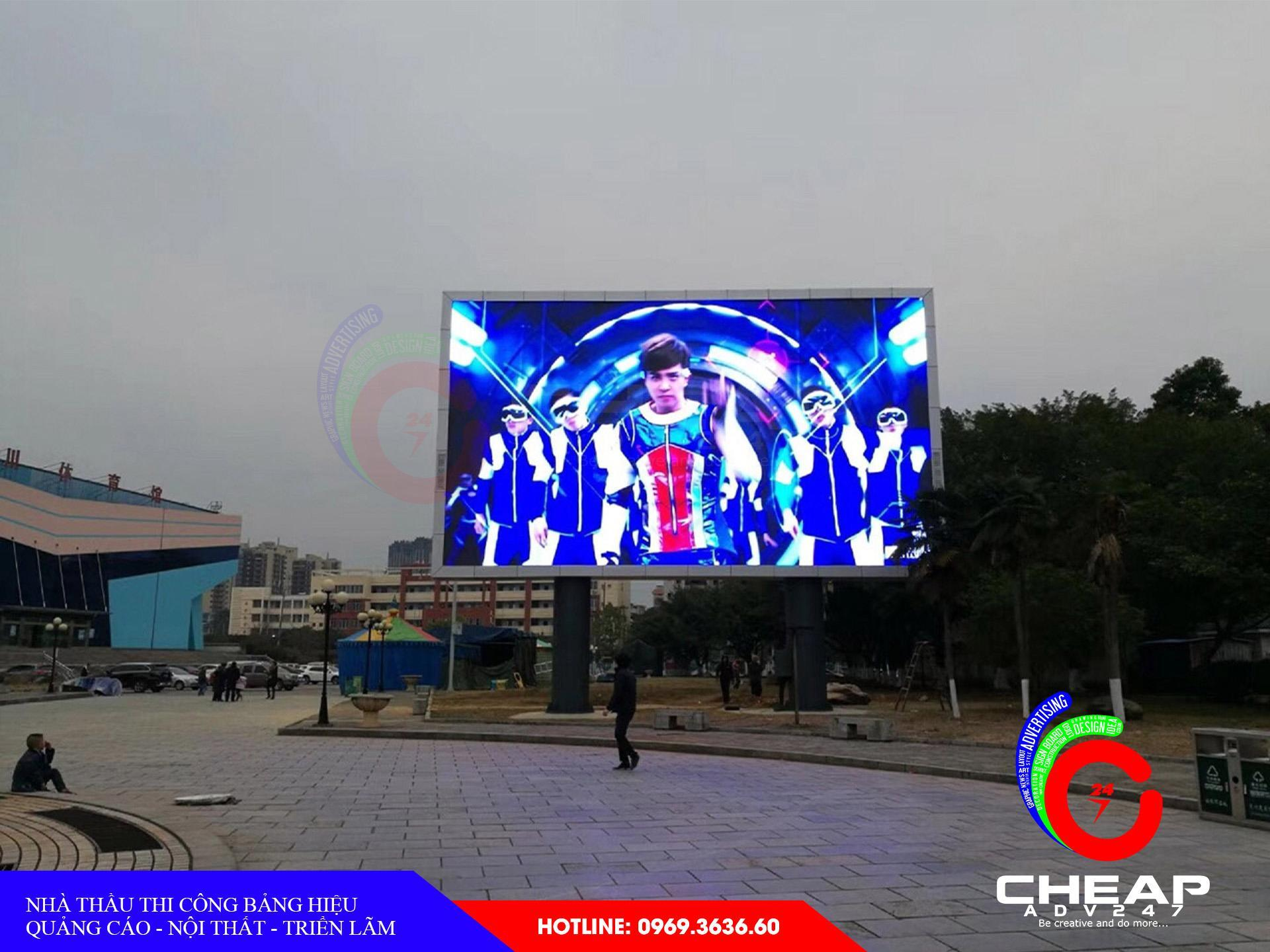Làm bảng hiệu tại quận 11 bằng màn hình led cỡ lớn