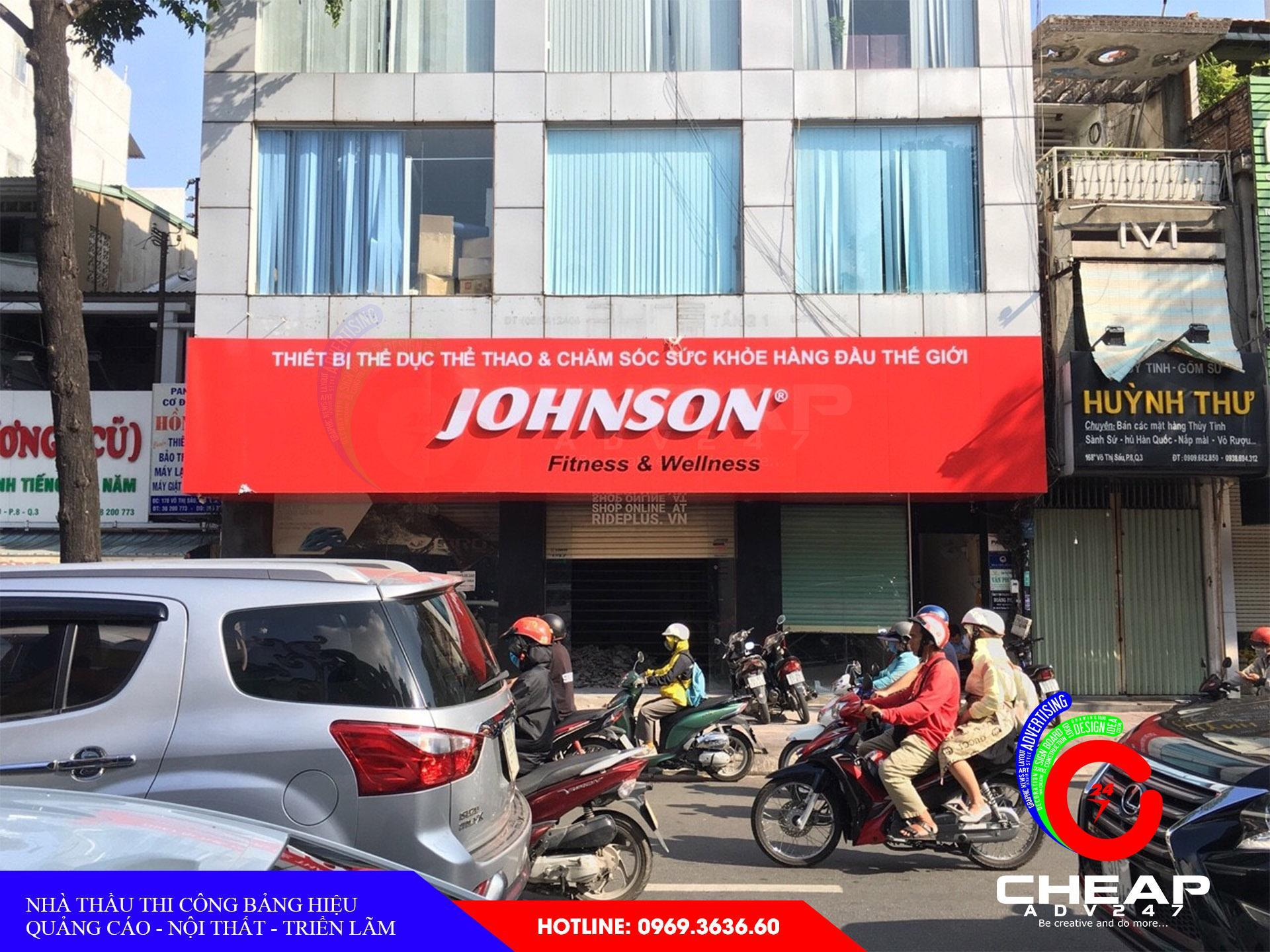Ảnh làm bảng hiệu quảng cáo do cheapadv247 thi công tại Đà Nẵng