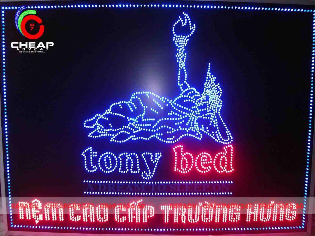 Mẫu bảng hiệu đèn led Cheapadv247